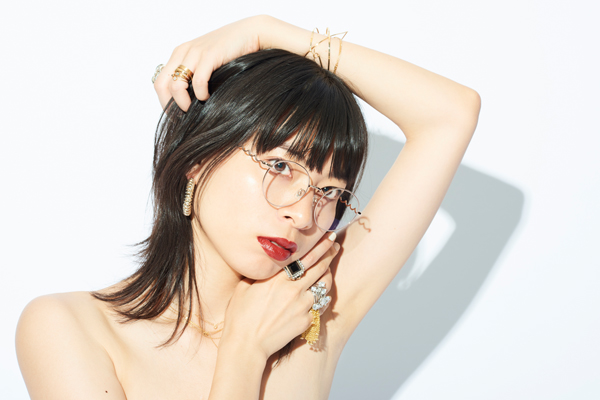 Zoff×LOVE BY e.m. eyewear collection ZO192021_21E1 着用イメージ・その1