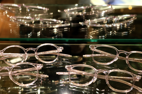 10 eyevan(テン アイヴァン)セルロイドコレクションのレギュラーライン