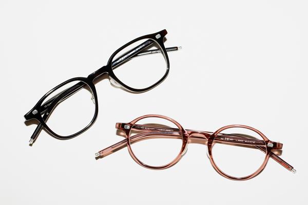 (上)10 eyevan for Continuer No.7 – III (47) カラー:2003S 価格:58,000円(税別) (下)10 eyevan for Continuer No.5 – III (43) カラー:2002S 価格:58,000円(税別) ※いずれもコンティニュエ別注カラー