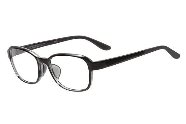 フードを外すと普通のメガネとして使用できる。