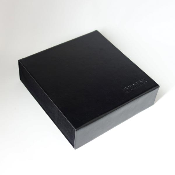 PADMA IMAGE(パドマイメージ) 四角の眼鏡ケース カラー:Black