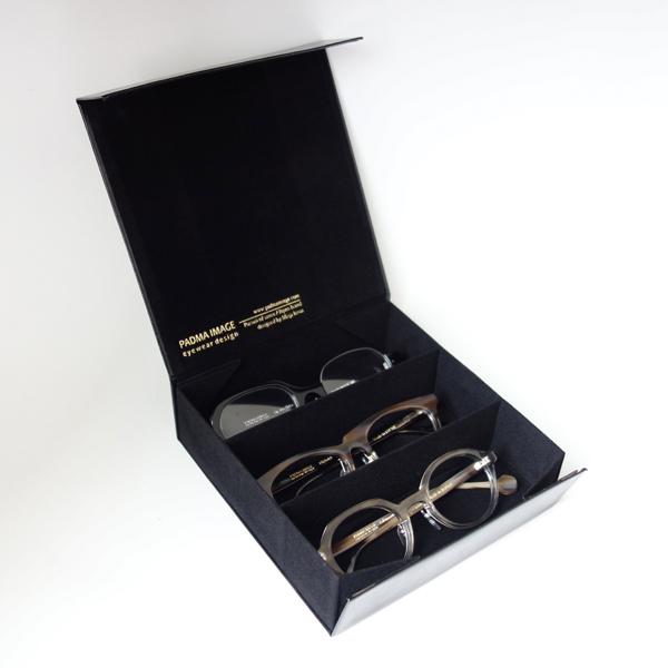 PADMA IMAGE(パドマイメージ) 四角の眼鏡ケース カラー:Black ※フタを開けたところ