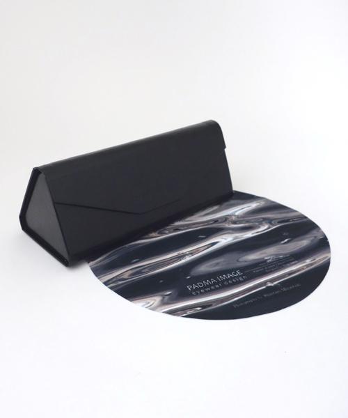 PADMA IMAGE(パドマイメージ) 三角の眼鏡ケースと丸の眼鏡拭き 価格:2,970円(税込)
