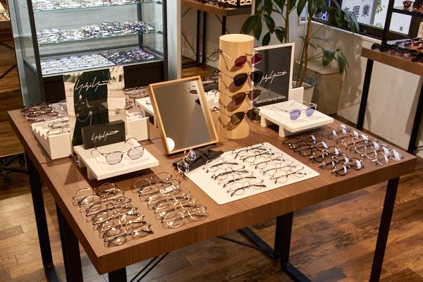 Oh My Glasses TOKYO 渋谷公園通り店で開催中のYohji Yamamoto(ヨウジヤマモト)&Y's(ワイズ)ポップアップストア・その1