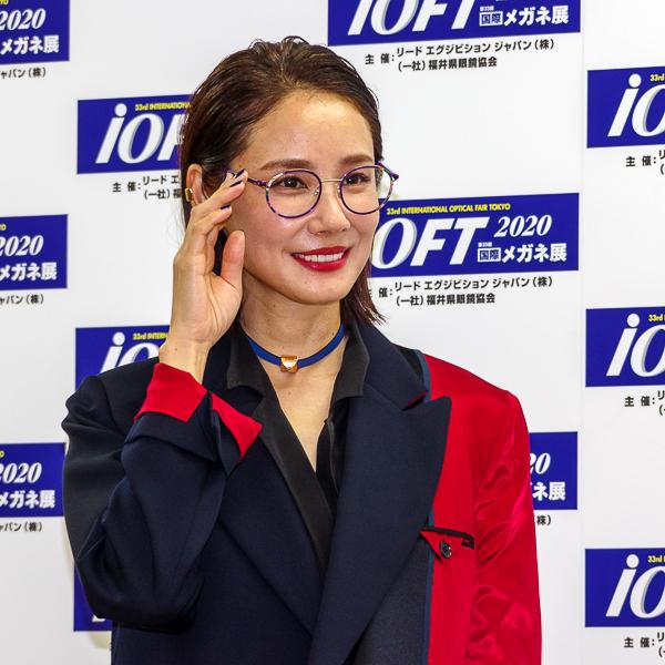 吉田羊がメガネ ベストドレッサー賞芸能界部門(女性)を受賞「『同じメガネを掛けたい』と言われる女優になりたい」