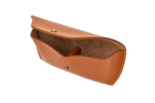 DIFFUSER(ディフューザー) LEATHER CASE/CAMEL×BEIGE(R.C.P 60th Limited Color)その3