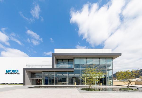 ルックスオティカが福井県鯖江市に開設した新製造拠点・その1