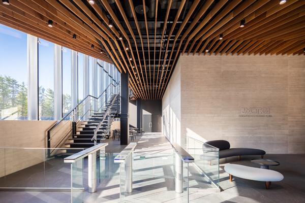 ルックスオティカが福井県鯖江市に開設した新製造拠点・その3