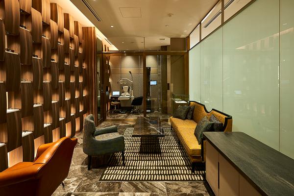 フォーナインズ 銀座本店 2階 完全予約制のプライベートサロン