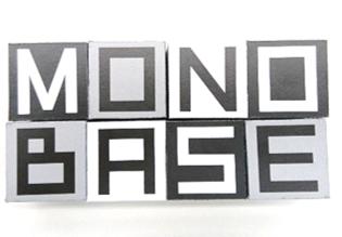 眼鏡市場 MONOBASE(モノベース) ロゴ
