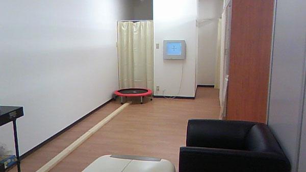 Joy Vision 奈良・オプト松本では、より正確な検査をするためにゆったりとスペースを取っている。