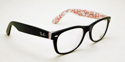 Ray-Ban(レイバン)をはじめ、メガネも豊富